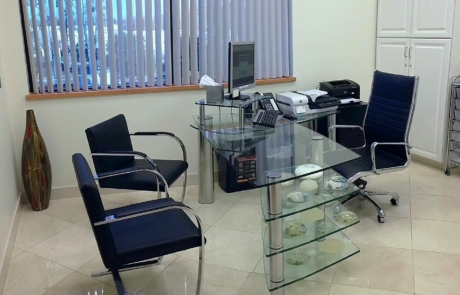 10-los-angeles-plastic-surgeon-office-dr-maan-kattash